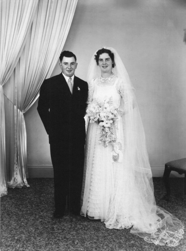 Thelma Borgas Ron Keller wed.df1